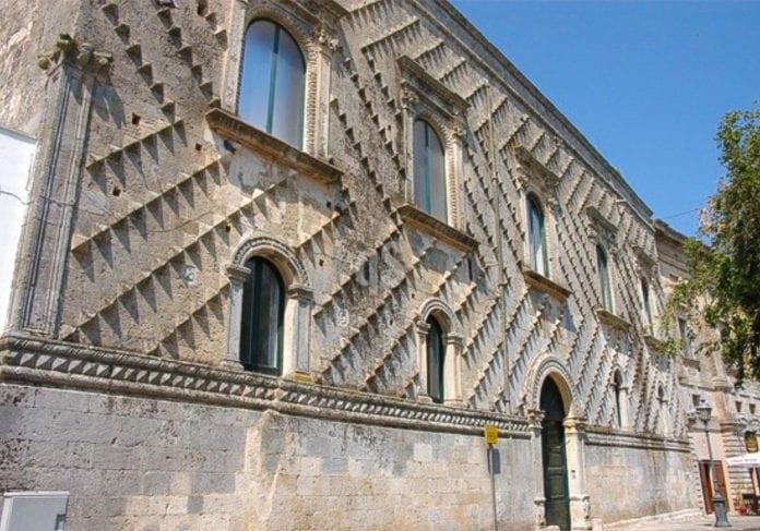 La facciata del palazzo Sangiovanni