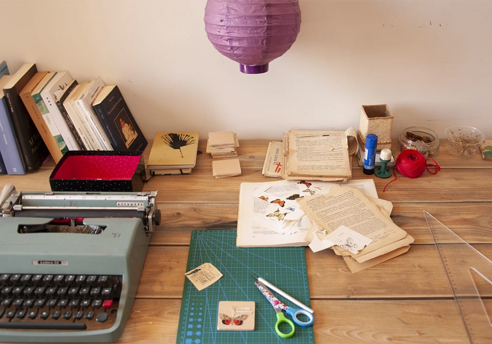 La scrivania di Maira